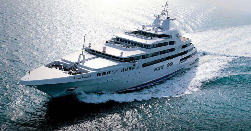 luxuori dubai luxury yacht